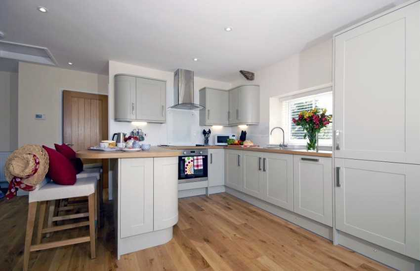 North Pembrokeshire self-catering holiday cottage - modern kitchen