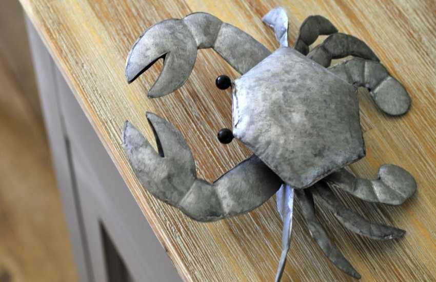 North Wales coastal Cottage - crab