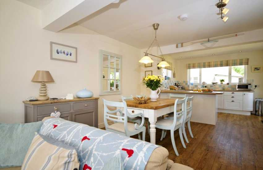 Luxury holiday cottage North Wales - dining