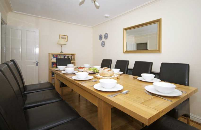 North Wales holiday house - dining room