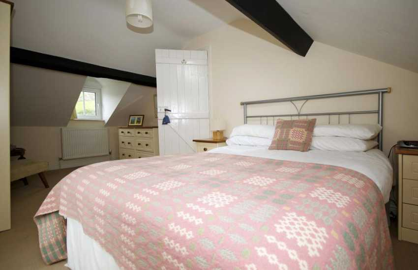 Large holiday house north Wales