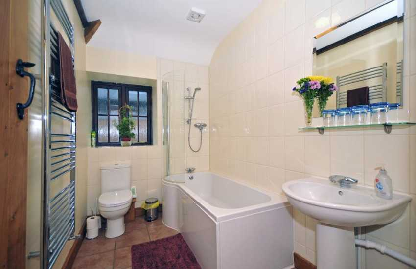 Cottage holiday in Wales - bathroom