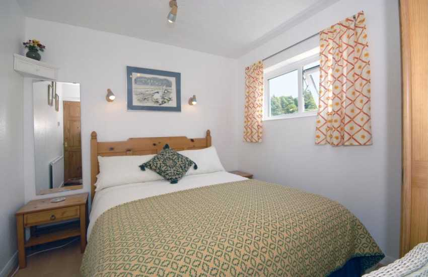 Carn Ingli Newport holiday cottage - double with mountain views