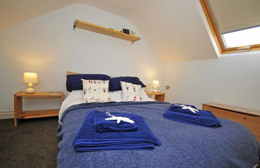 Large holiday house north Wales - bedroom