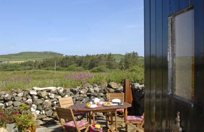 Tranquil Pembrokeshire holiday cottage for two