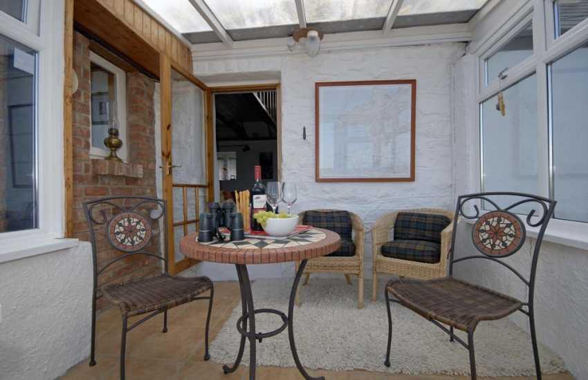 Strumble Head holiday cottage - sun room