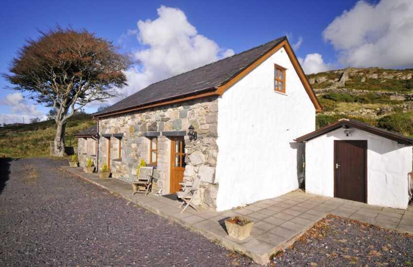 Holiday cottage near Highland Railway - ext