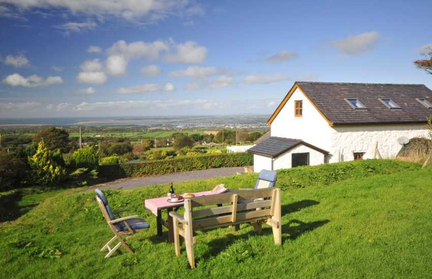 Snowdonia holiday cottage - exterior