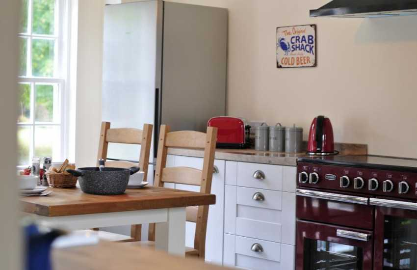 Anglesey Pet friendly holiday house - kitchen