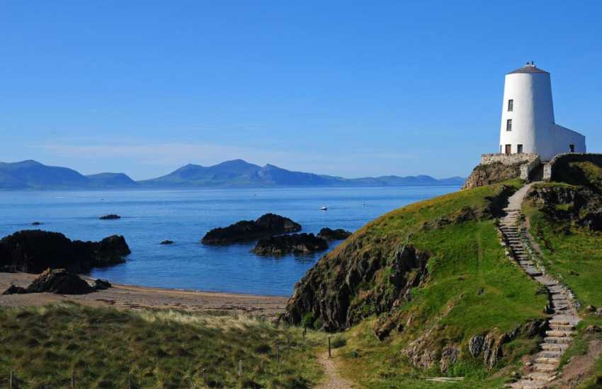 Walks on Llanddwyn Island nature reserve, Anglesey