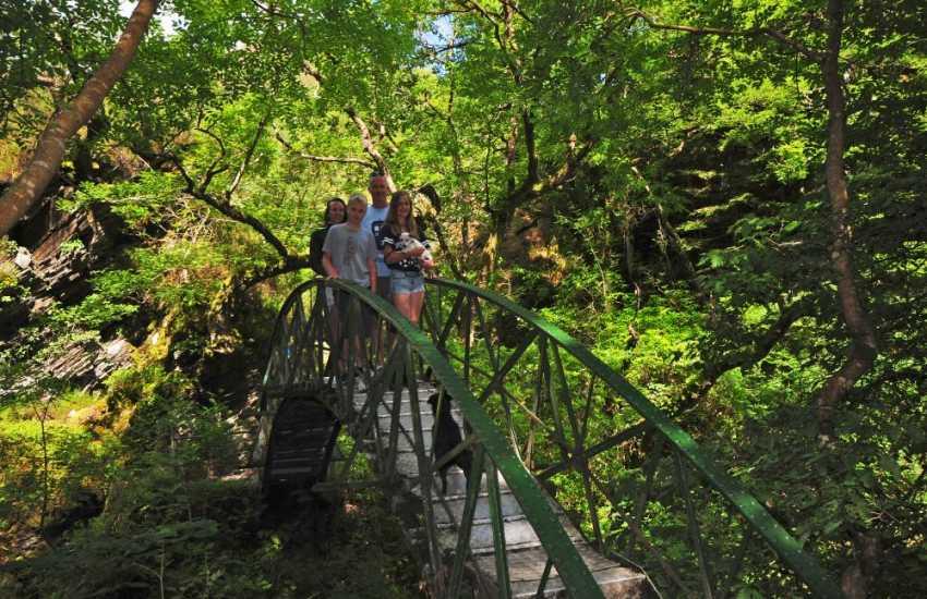 Walk around the world famous Devils Bridge