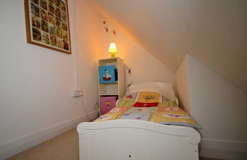 Anglesey holiday cottage - bedroom