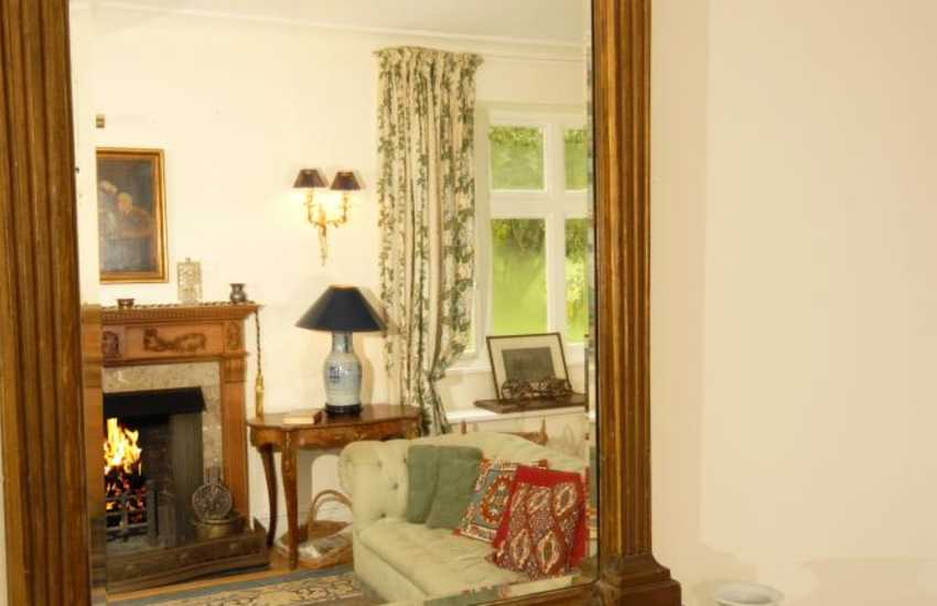 Holiday retreat rural Carmarthenshire with fine antique furniture