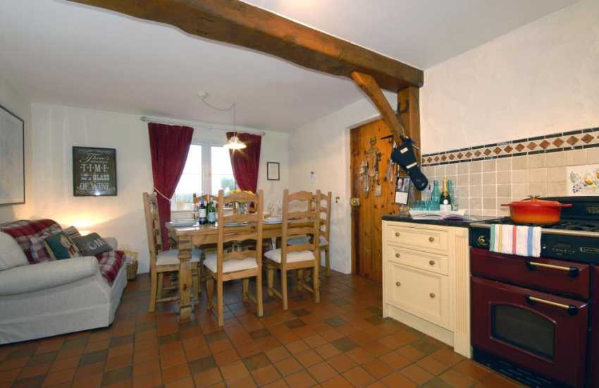 Self catering cottage in Bosherston - kitchen/diner