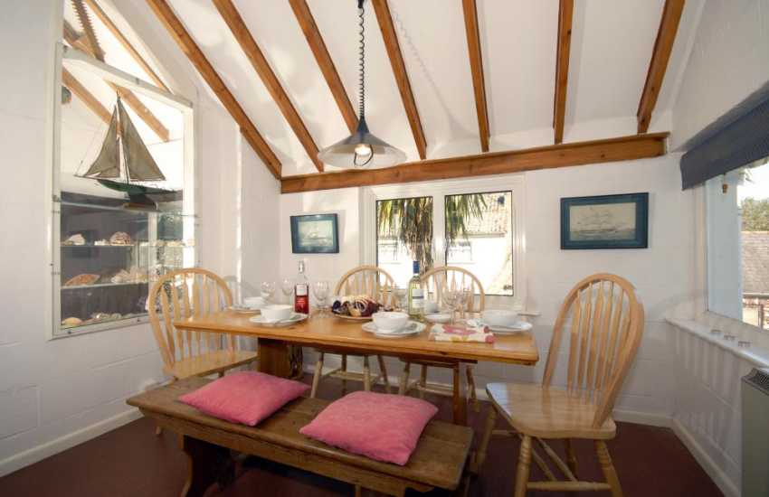 South Pembrokeshire holiday home dining area