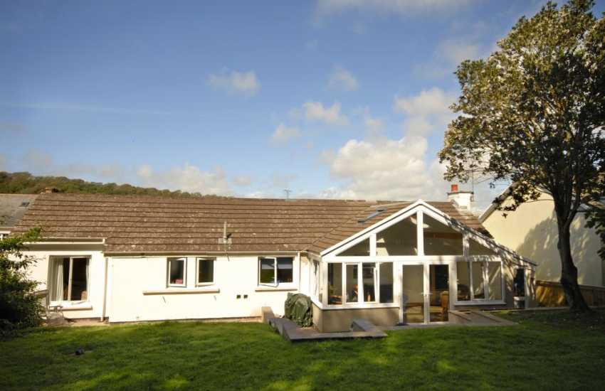 Pembrokeshire coastal holiday cottage, Dale - pets welcome