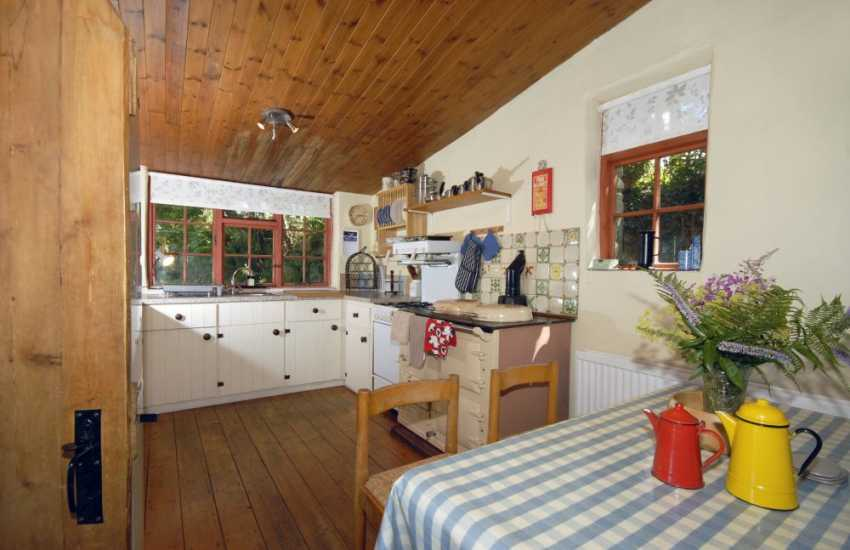 Self catering Welsh cottage in North Pembs - country style kitchen with Aga