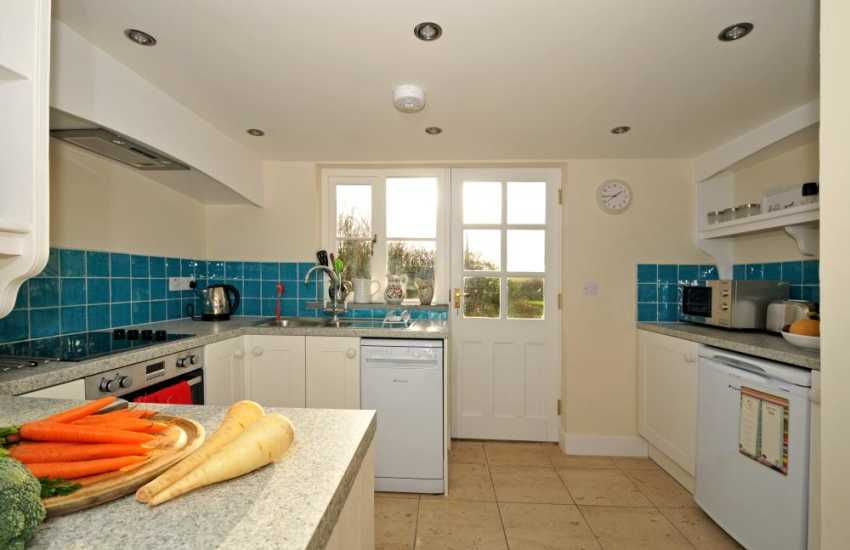 Luxury holiday cottage for 4 Pembrokeshire - kitchen
