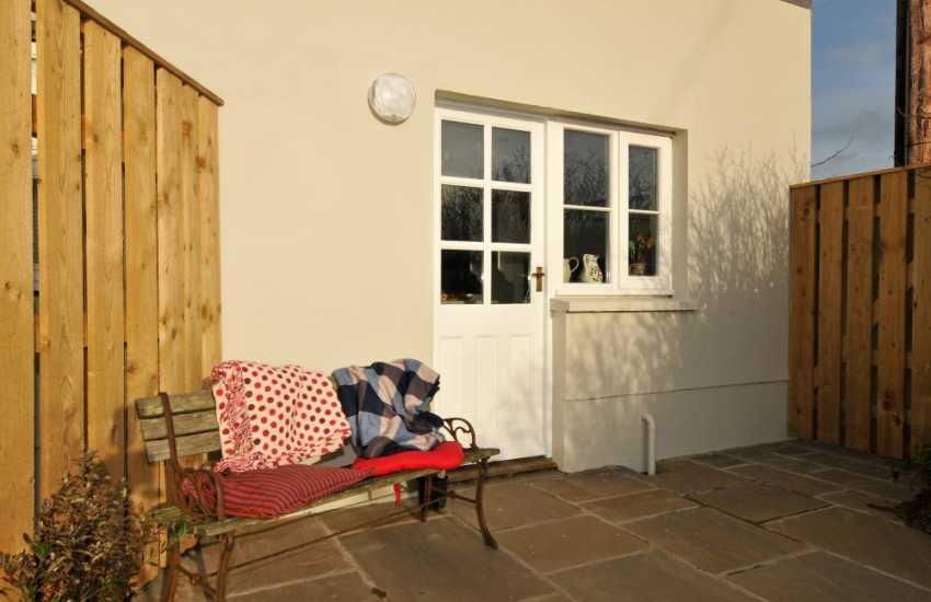 Luxury cottage on the coast Pembrokeshire - patio