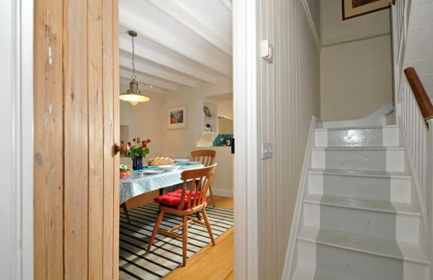 Whitesands holiday cottage - stair
