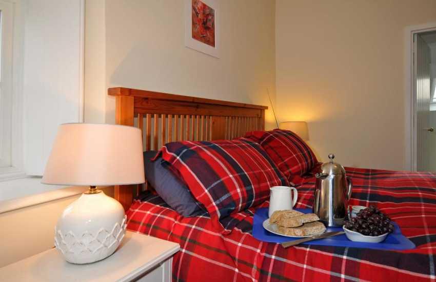 Whitesands holiday cottage - bedroom