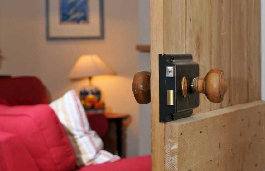 Luxury cottage Pembrokeshire - door