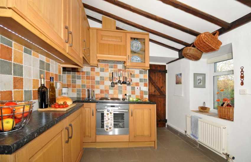 Holiday cottage St Davids – kitchen