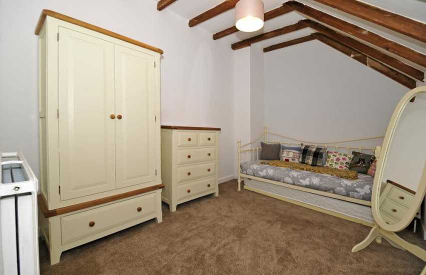 Anglesey holiday cottage - double bedroom
