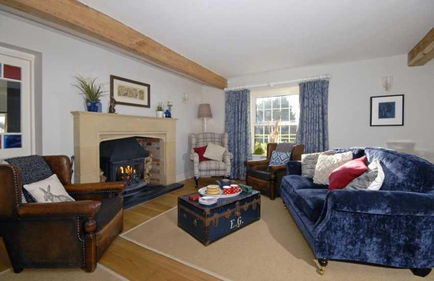 Saundersfoot coastal holiday home - cosy snug with wood burning stove