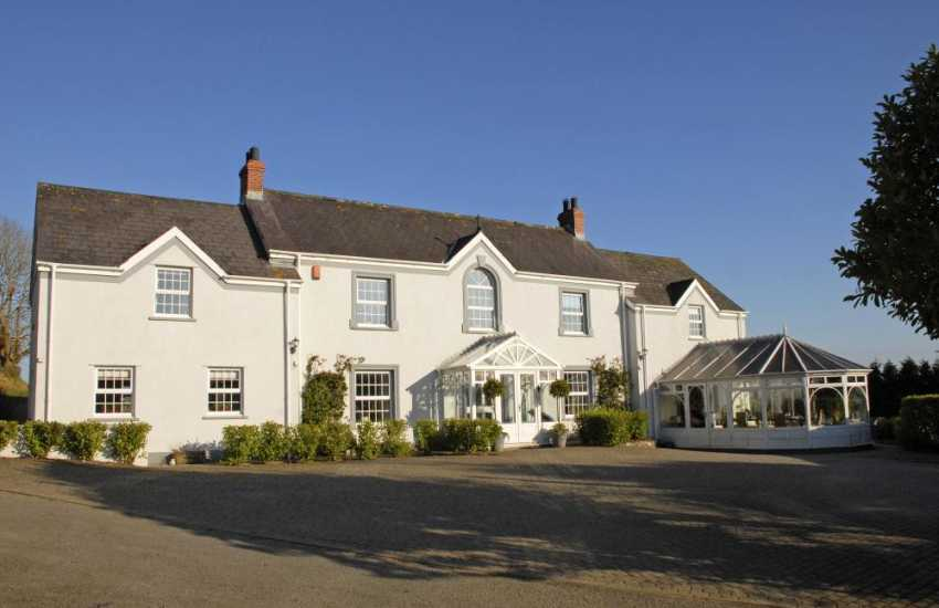 South Pembrokeshire restored farmhouse overlooking Saundersfoot Bay - sorry no pets