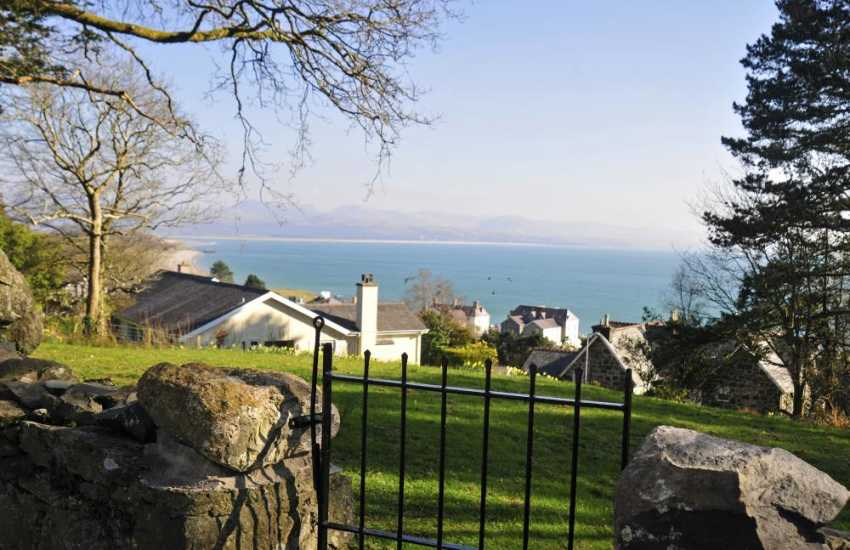 Cardigan bay Views - garden