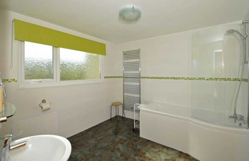 Cottage near coastal path Anglesey - ensuite