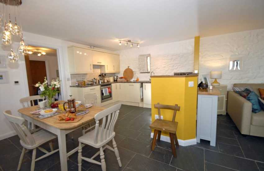 Self catering holiday apartment St Davids - kitchen with under floor heating