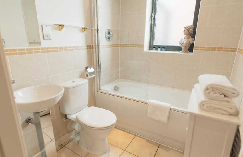 Marina Swansea for city breaks luxury penthouse apartment-bathroom