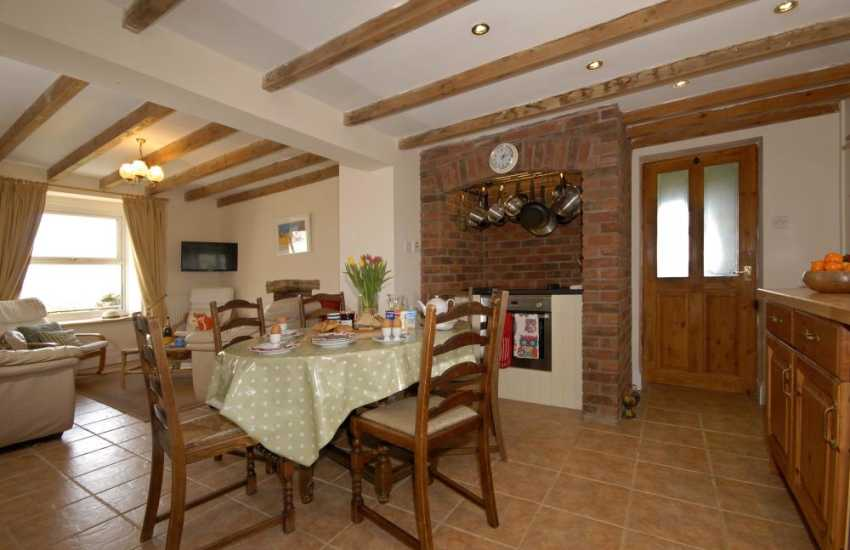 Burton holiday home - open plan dining/kitchen/living area