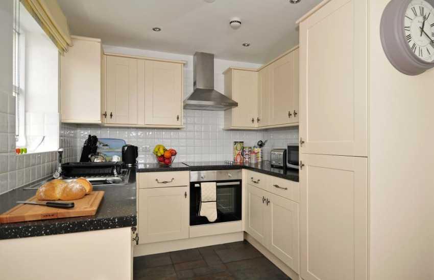 Beaumaris holiday cottage - kitchen