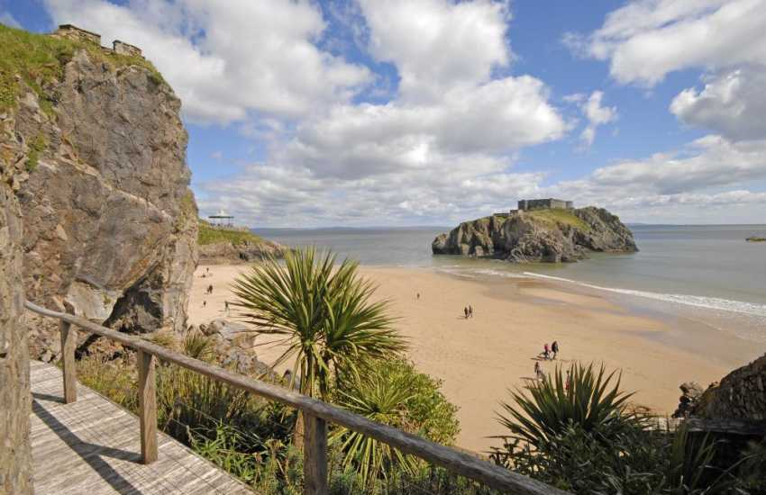 Tenby holiday house Lexton Terrace over looking the castle Beach