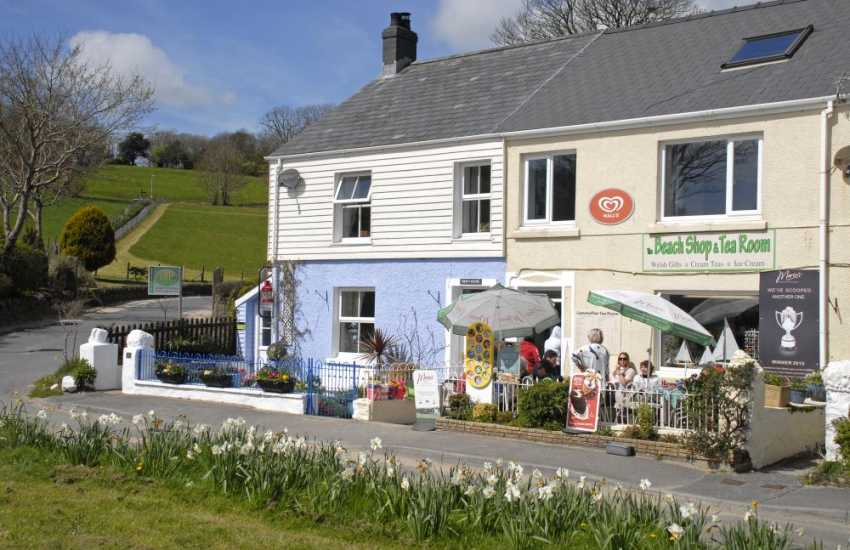 Llansteffan's Beach Shop & Tearoom, - delicious cream teas, coffees, ice-cream, sandwiches, toasties, beach goods and Welsh gifts