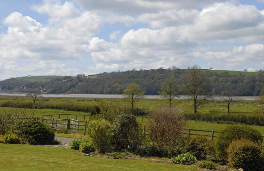 Carmarthenshire - holiday home with panoramic views of the Taf Estuary and Laugharne beyond