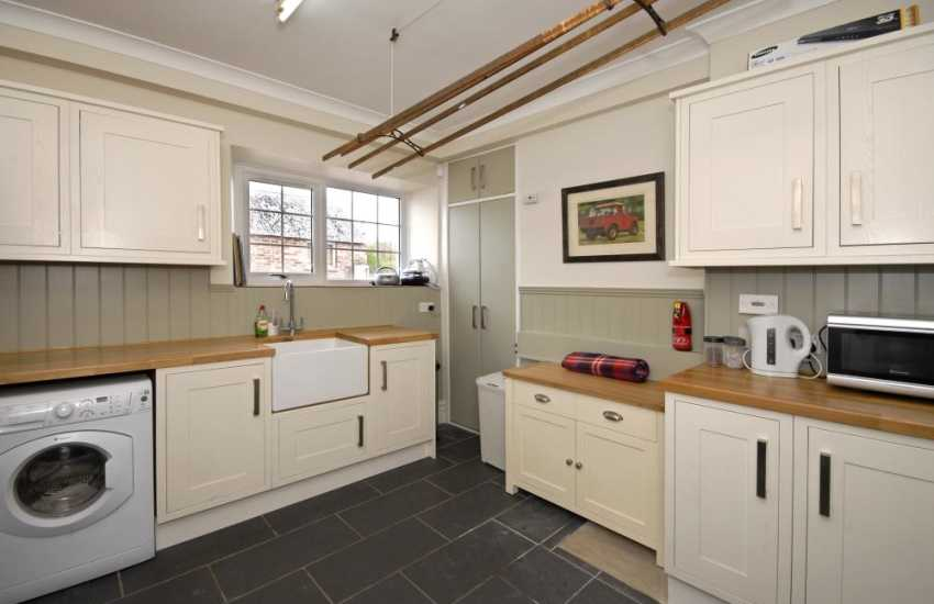 Carmarthenshire family holiday home with large utility room
