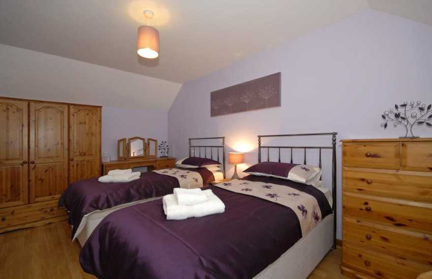 Welsh holiday cottage sleeping 8 - twin