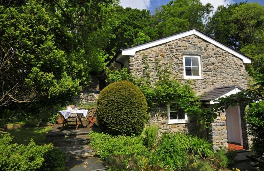 Romantic Conwy holiday cottage - ext