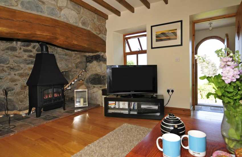 Pet friendly holiday cottage Wales - lounge