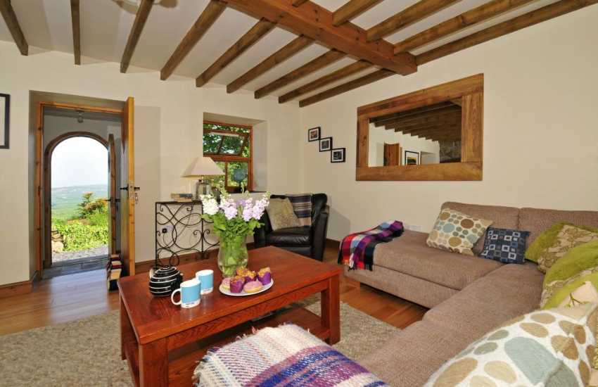 Pet friendly holiday cottage North Wales - lounge