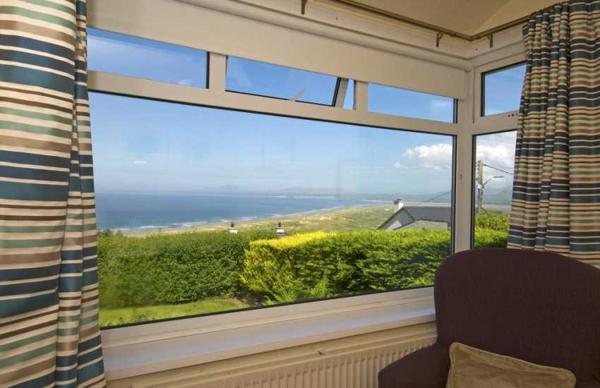 Harlech self catering - sea view