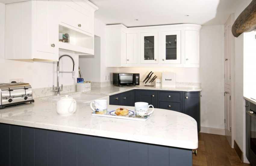 Cottage with wifi Morfa Nefyn - kitchen