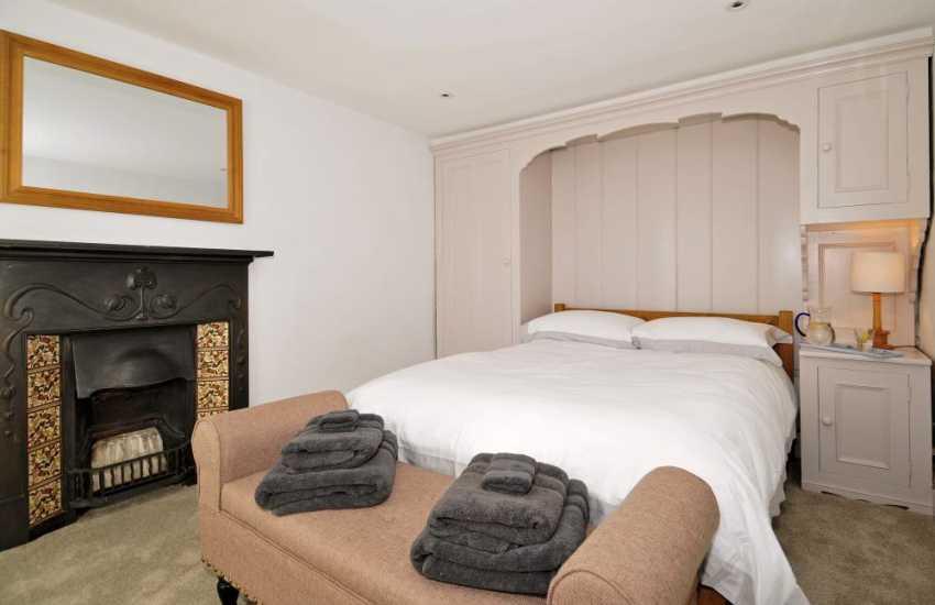 Morfa Nefyn luxury holiday cottage with wifi - bedroom