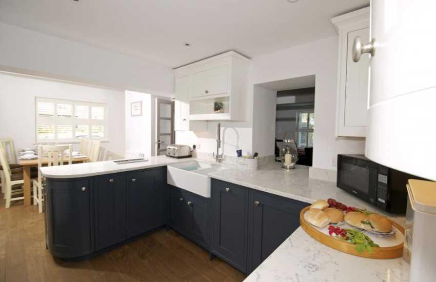 North Wales coastal cottage pet friendly - kitchen