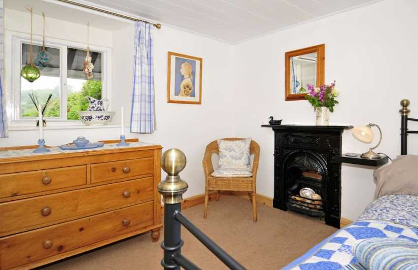 Caernarfon holiday cottage - bedroom