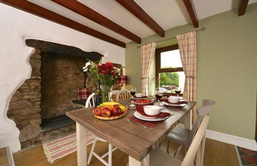 Holiday cottage near Burton - dining